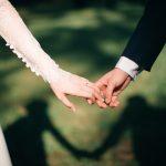 Multumeste-le celor dragi pentru sprijinul oferit in pregatirea nuntii cu bratari personalizate din argint!